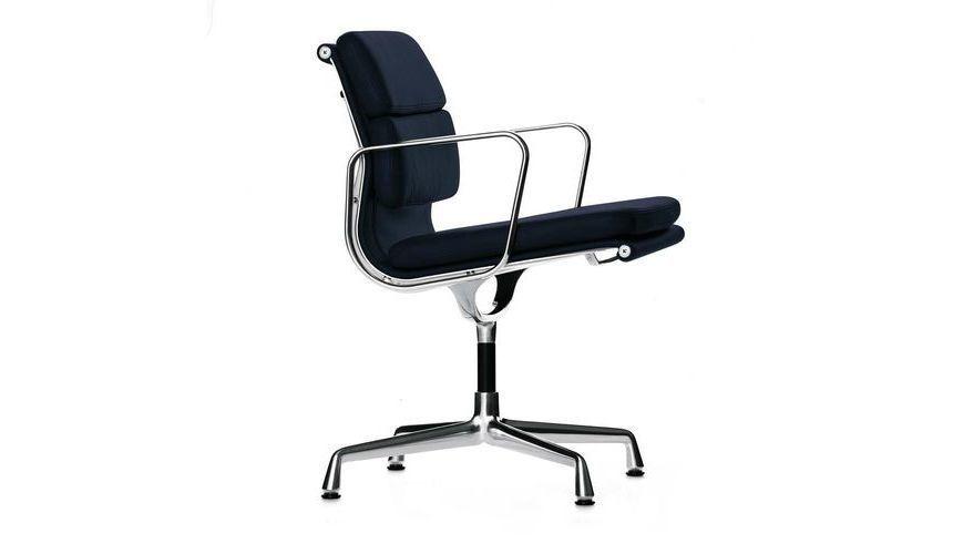 Ea 208 soft pad eames chair chaise de bureau vitra for Chaise de bureau vitra prix