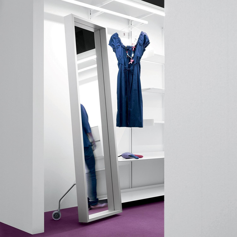 Kristalia extra large spiegel met rollen 186x50cm - Spiegel mit rollen ...