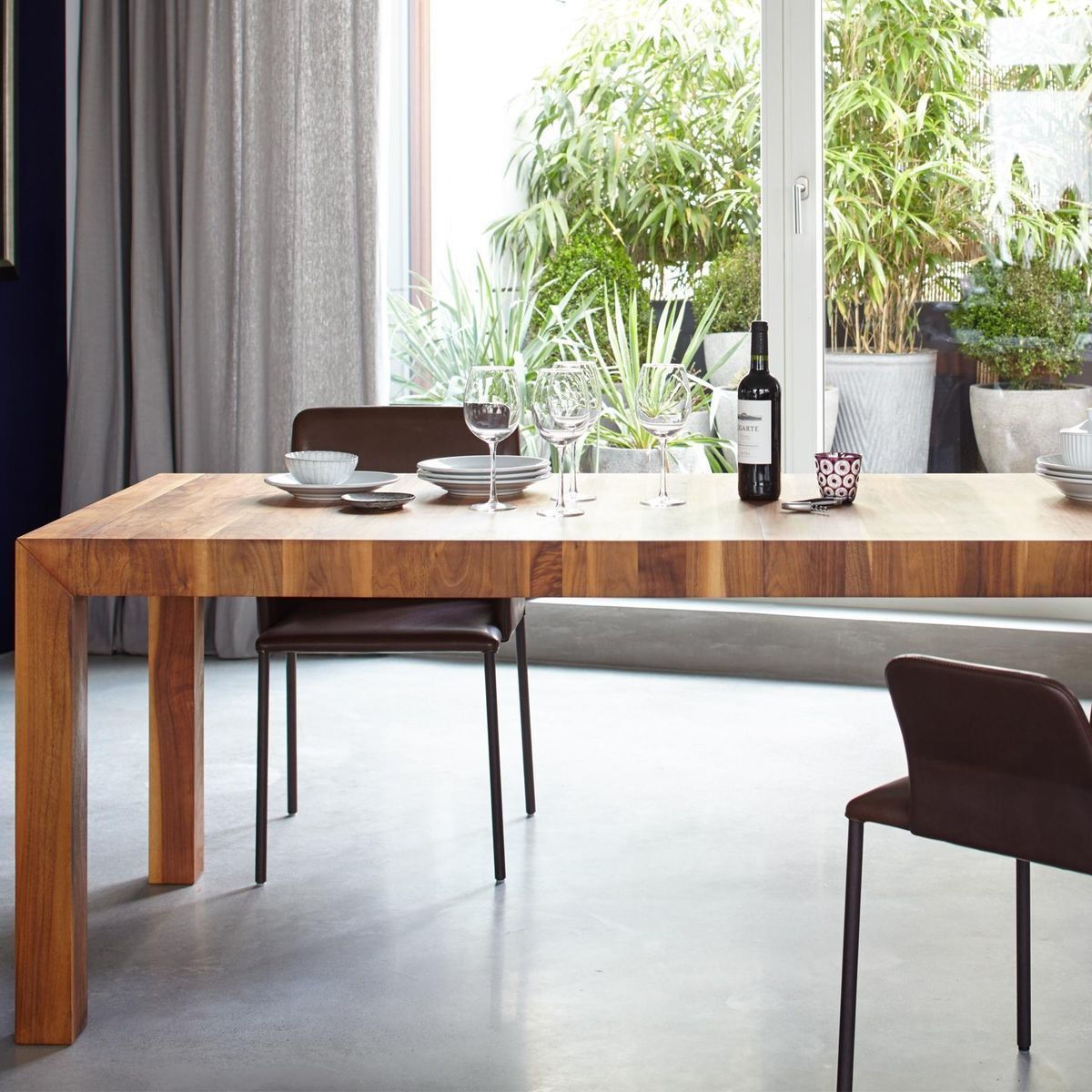 volta solid wood dining table extendable more. Black Bedroom Furniture Sets. Home Design Ideas