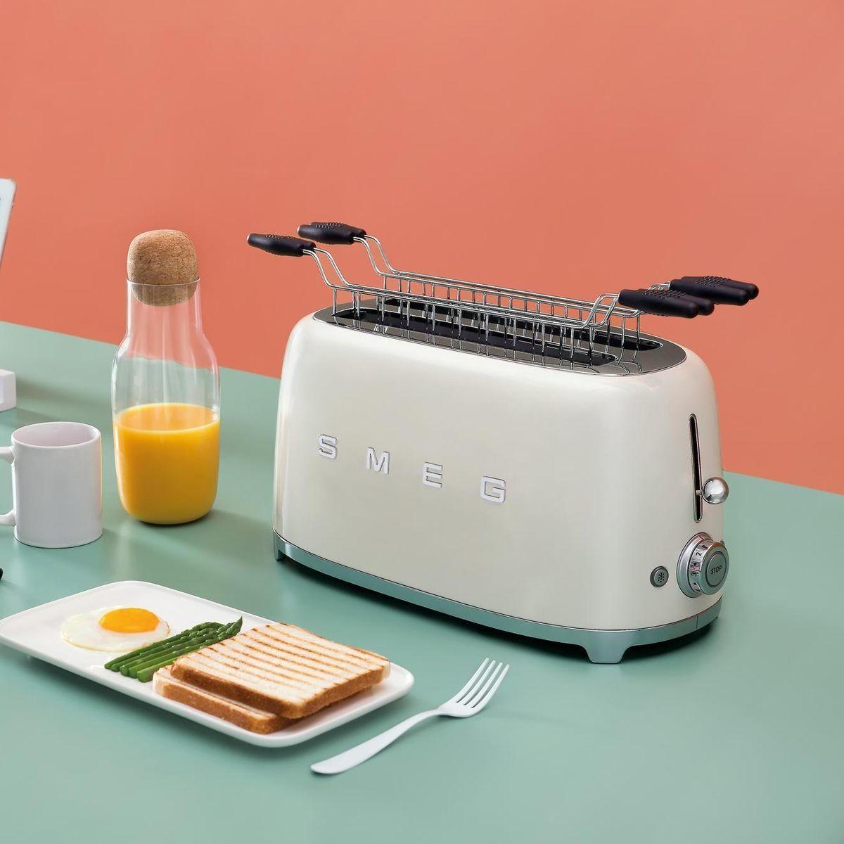 Smeg Toaster 4 Slices Tsf02 Smeg Ambientedirect Com
