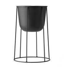 Menu - Wire Plant Pot With Frame