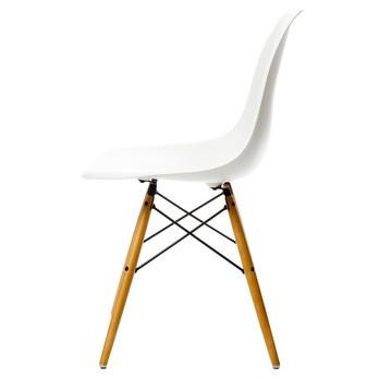 Vitra Chaise Eames Plastic DSW Erable Dore