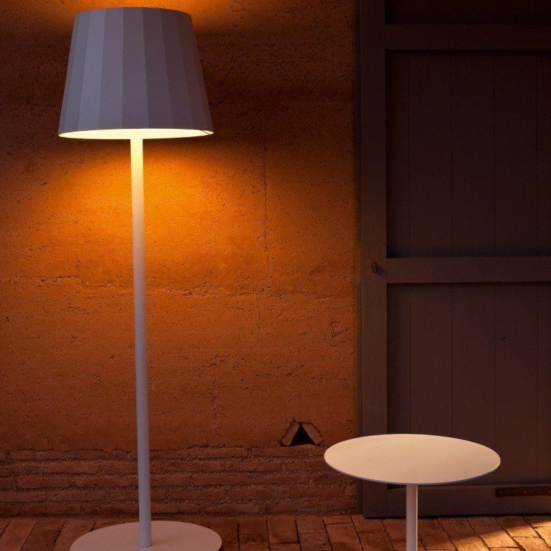 Objects outdoor floor lamp kettal ambientedirect kettal objects outdoor floor lamp workwithnaturefo