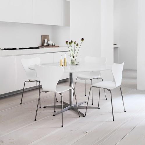 Fritz Hansen - Serie 7 Stuhl lackiert 46cm