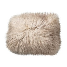 Bloomingville - Coussin peau de mouton tibétain 40x30cm