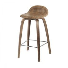 Gubi - 3D Counter Stool - Tabouret de bar en noix