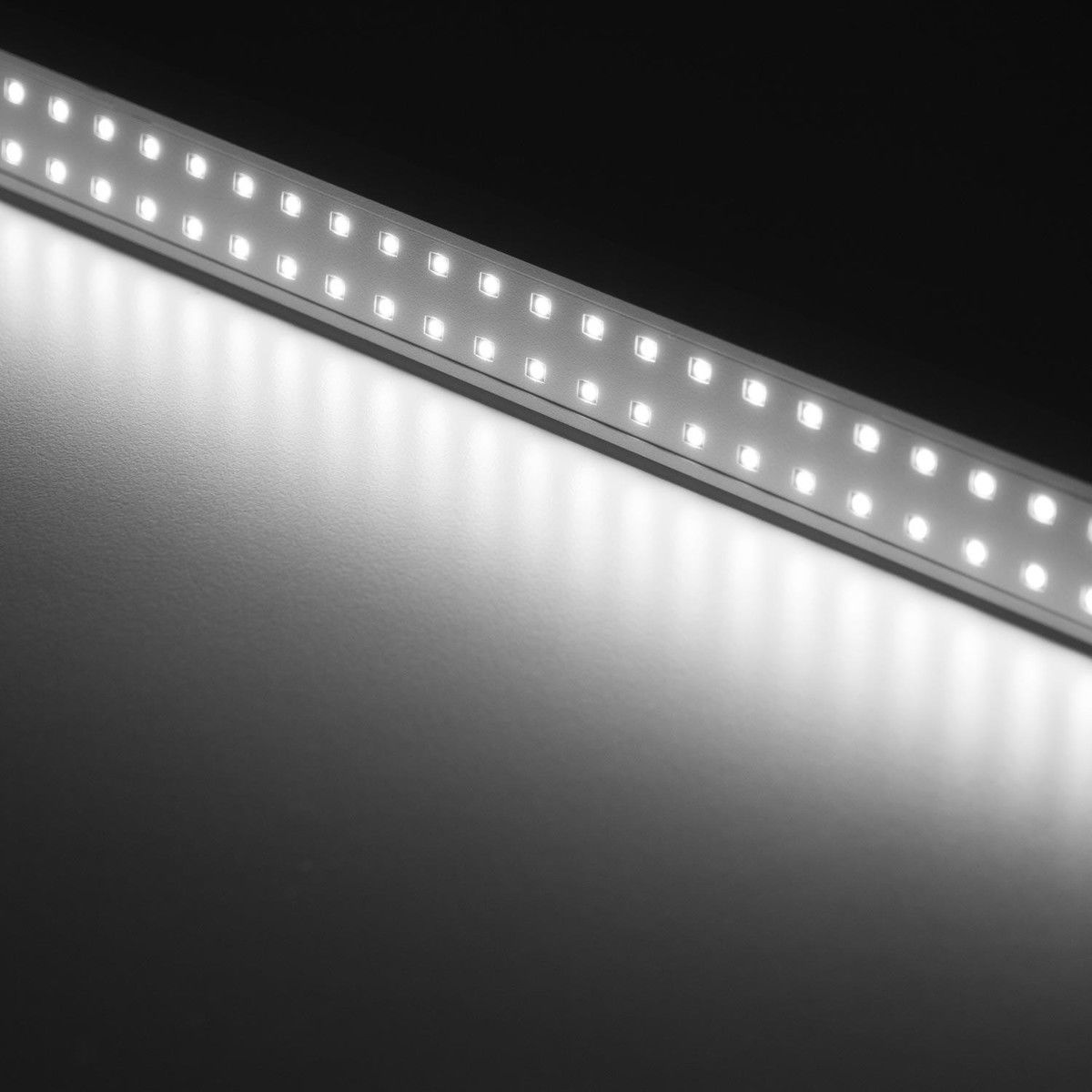 Talak Tavolo Led Desk Lamp Artemide Ambientedirect Com