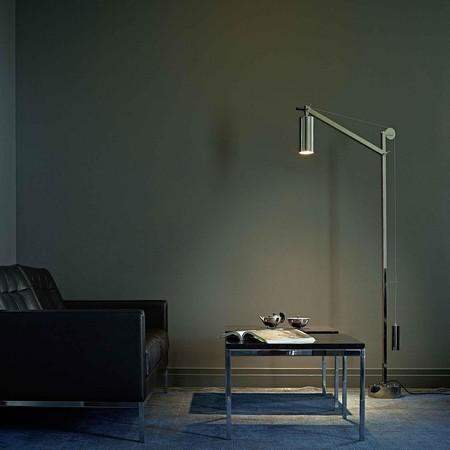 Bauhaus Look Stoelen.Tecnolumen Bh 23 Bauhaus Vloerlamp Met Tegengewicht Ambientedirect