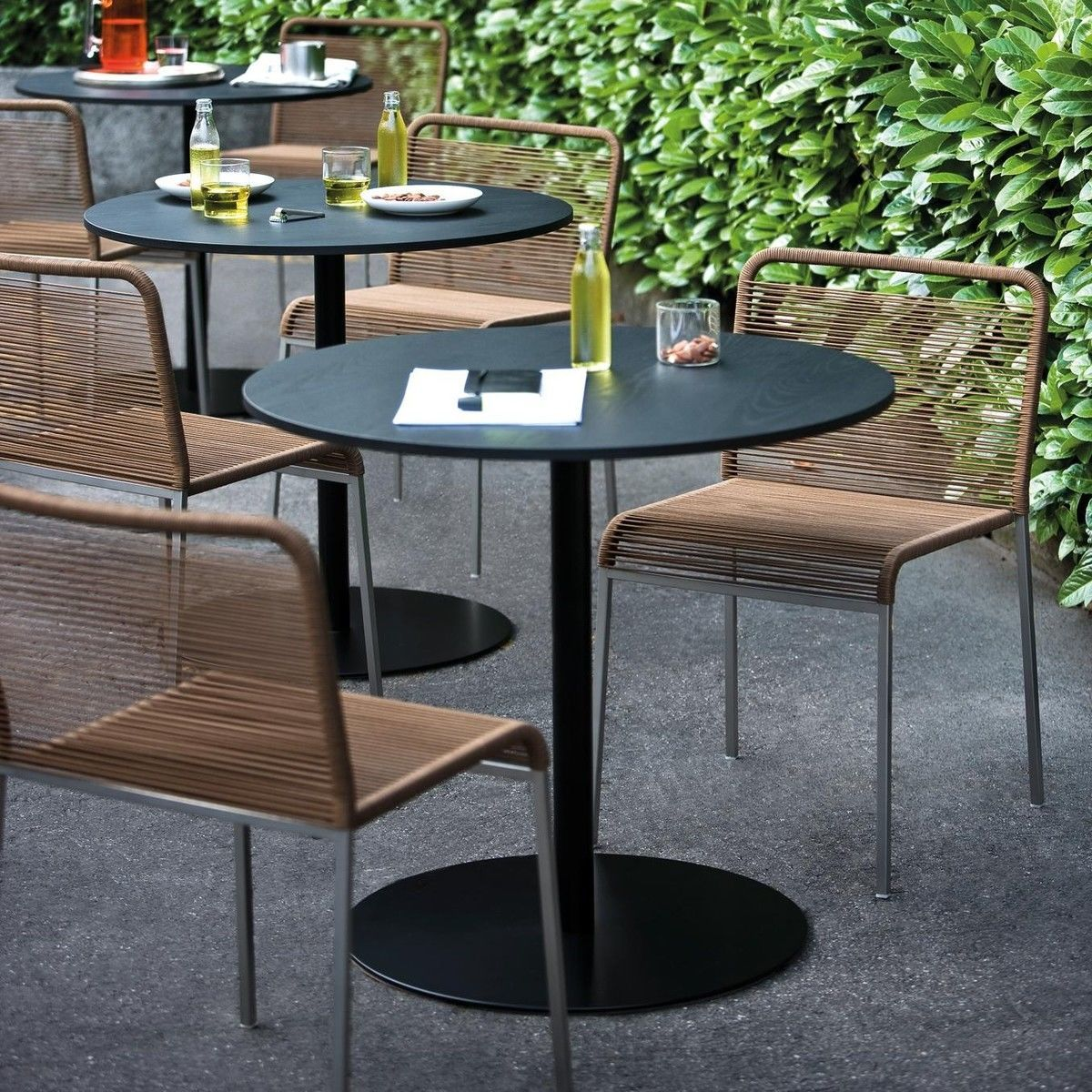 brio fix 72 bistro kaffeetisch gest schwarz la palma garten bistrotische gartenm bel. Black Bedroom Furniture Sets. Home Design Ideas