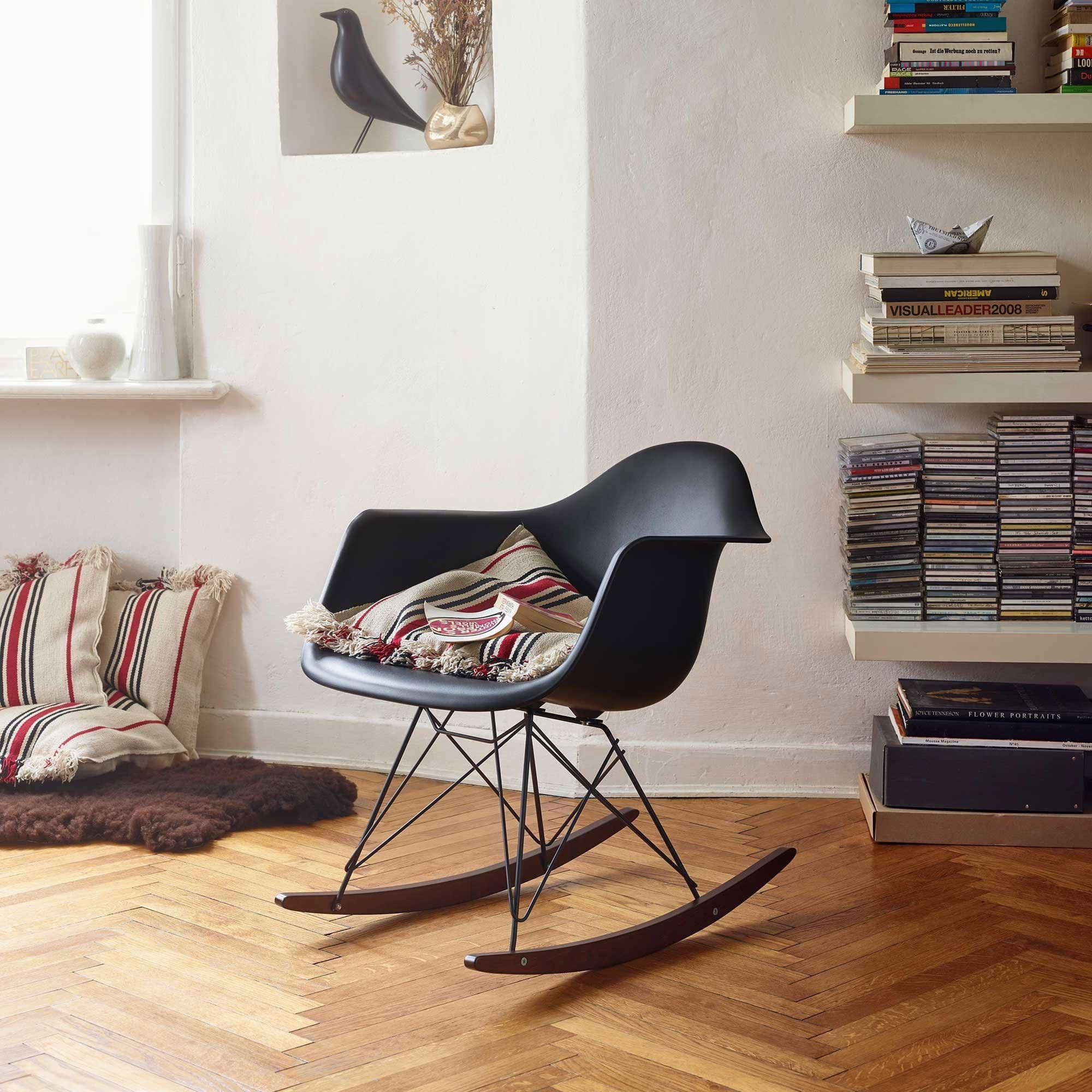 Entzuckend ... Vitra   Eames Plastic Armchair RAR Rocking Chair ...