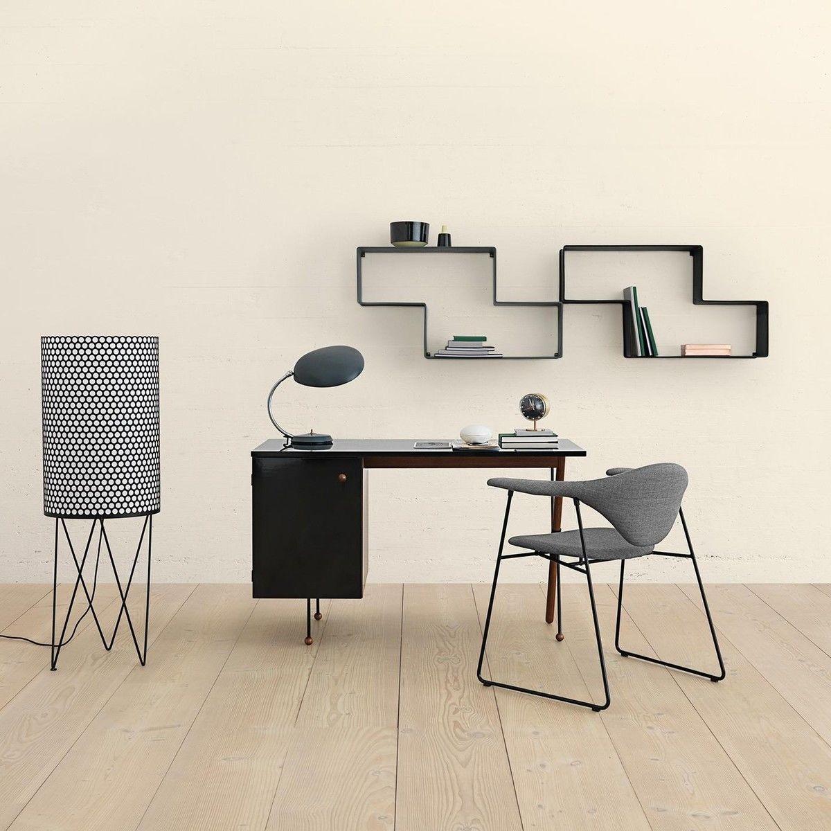 gubi grossman 62 series schreibtisch gubi. Black Bedroom Furniture Sets. Home Design Ideas