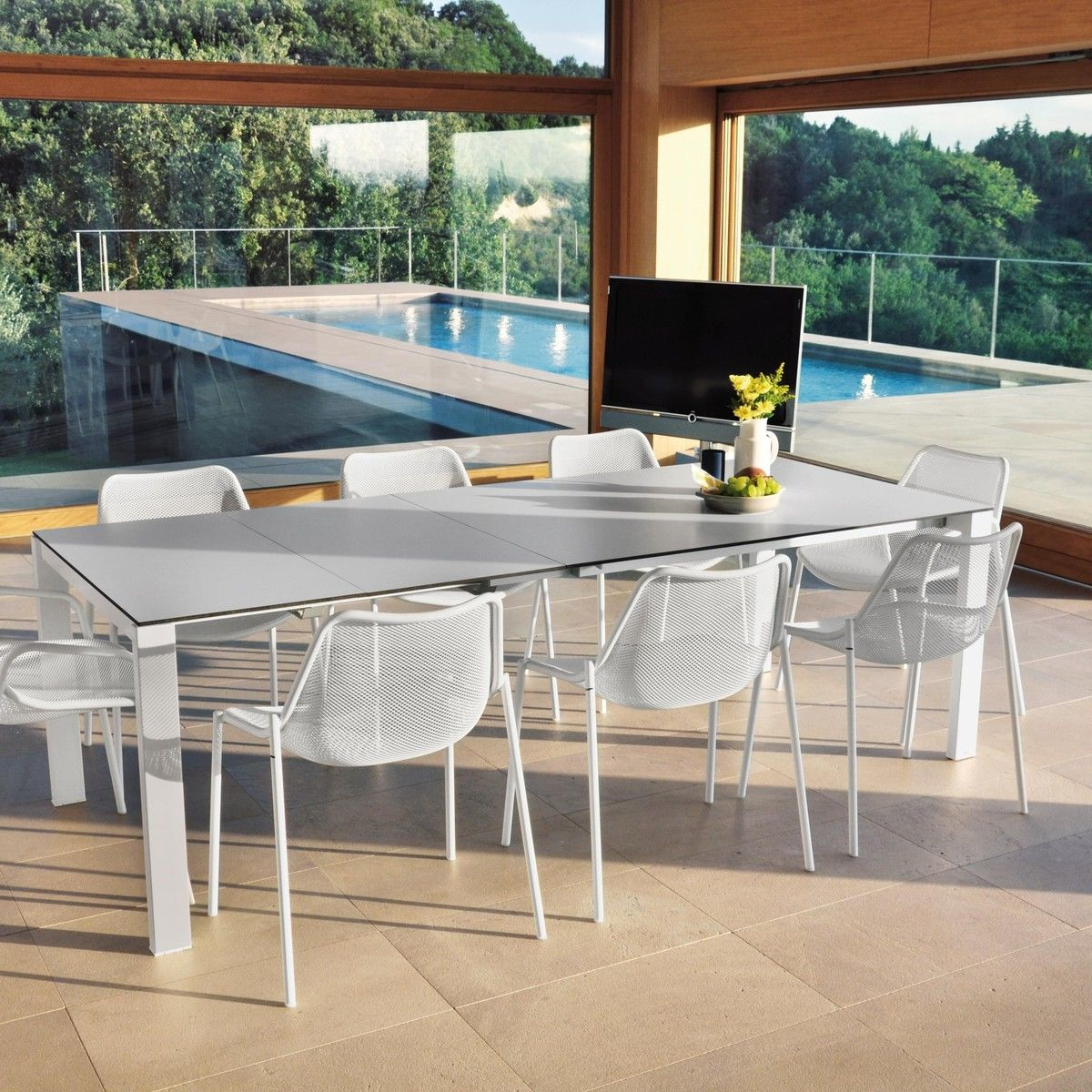 High Quality Emu   479 Round Garden Table Adjustable