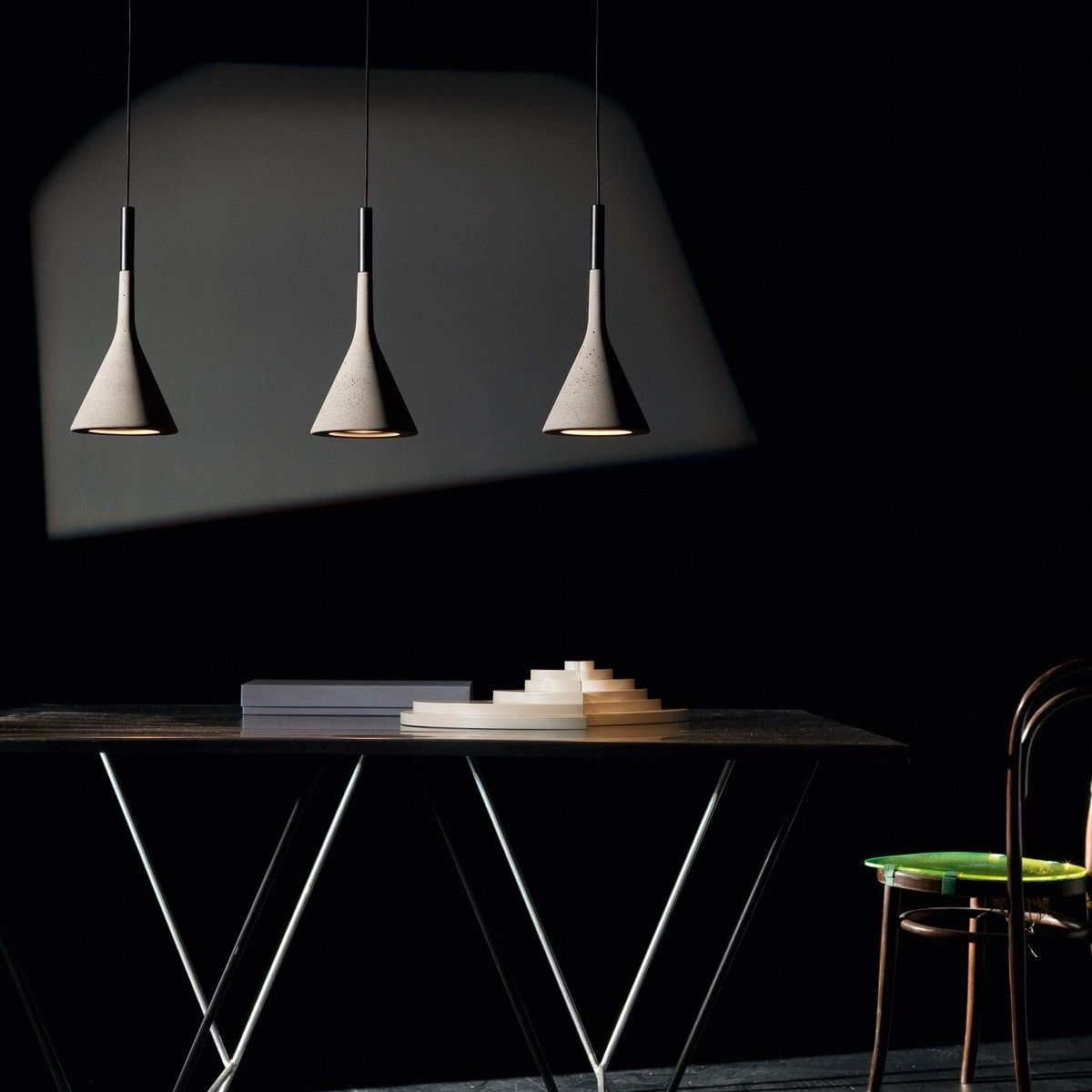 Aplomb suspension lamp foscarini for Luminaire suspension