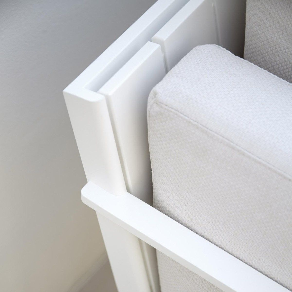 Flat modular chaise longue gandia blasco flat for Chaise longue manufacturers