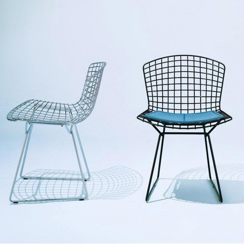 ... Knoll International   Bertoia Chair