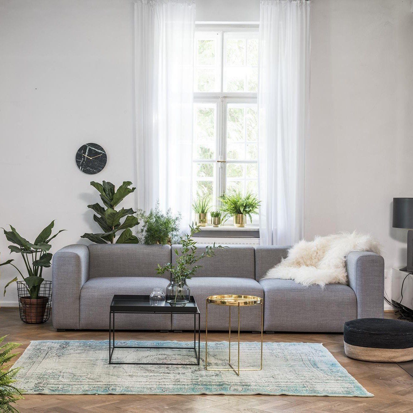 hay tray table beistelltisch rechteckig ambientedirect. Black Bedroom Furniture Sets. Home Design Ideas