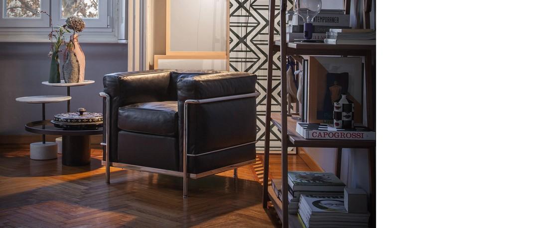 Hersteller Cassina Le-Corbusier-LC2-Leder 01