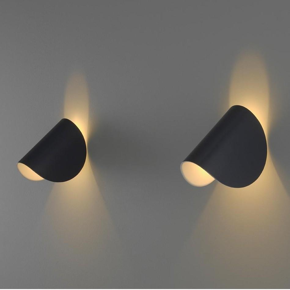 Io Led Wall Lamp