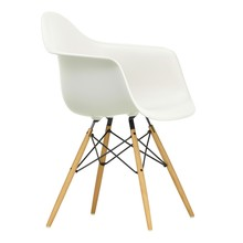 Vitra - Eames Plastic Armchair DAW essenhout