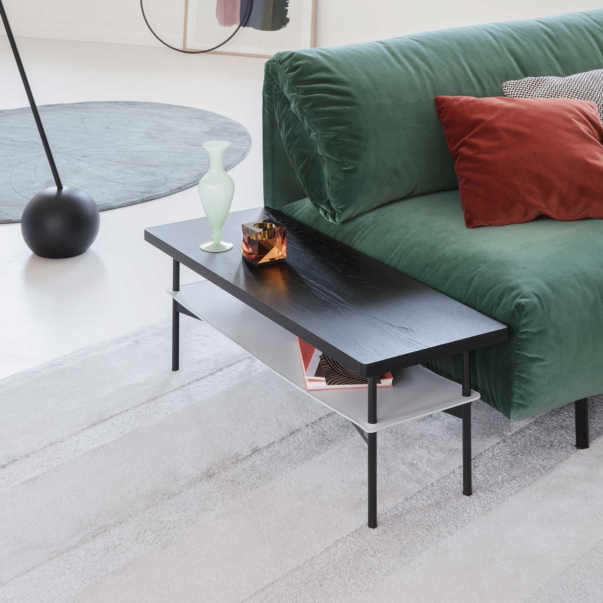 rolf benz 925 beistelltisch mit ledereinlage ambientedirect. Black Bedroom Furniture Sets. Home Design Ideas