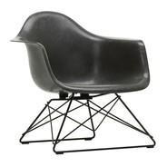 Vitra - Eames Fiberglass Armchair LAR Gestell schwarz