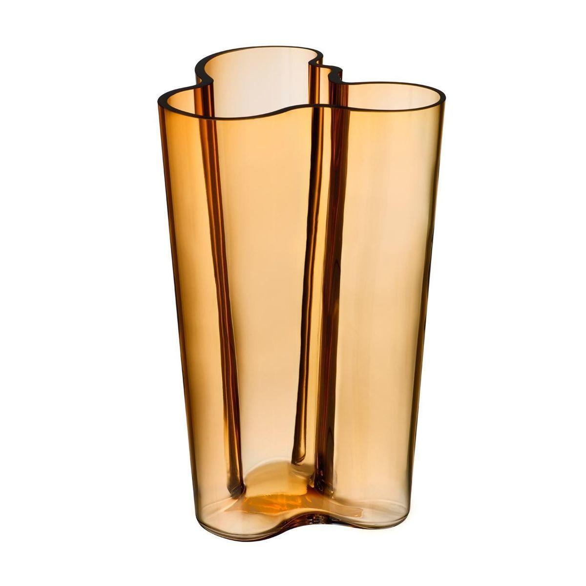 alvar aalto vase mm  iittala  ambientedirectcom - iittala  alvar aalto vase mm  bronze desert