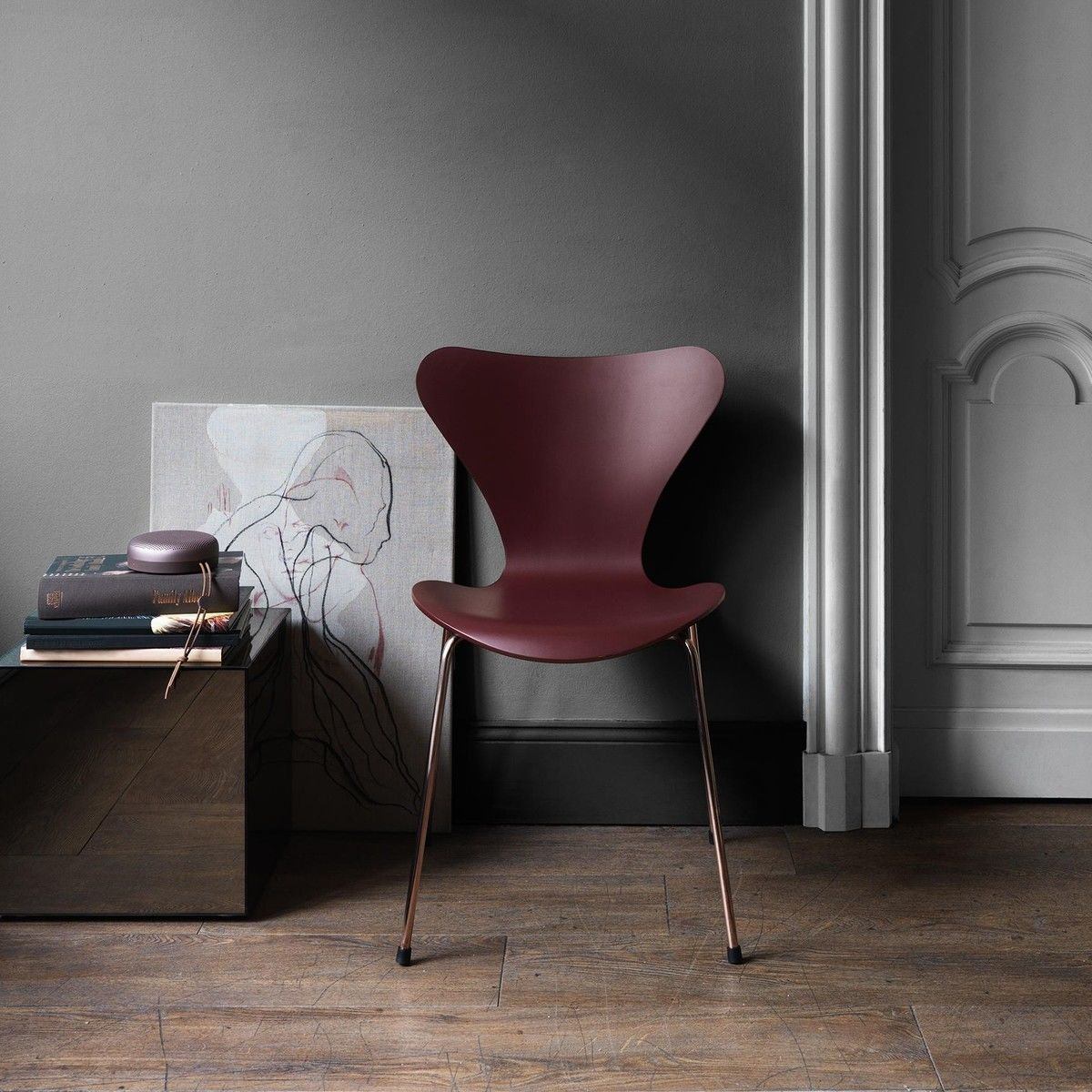 limited edition series 7 chair fritz hansen. Black Bedroom Furniture Sets. Home Design Ideas