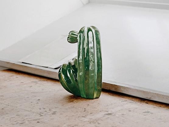 Figur in grün