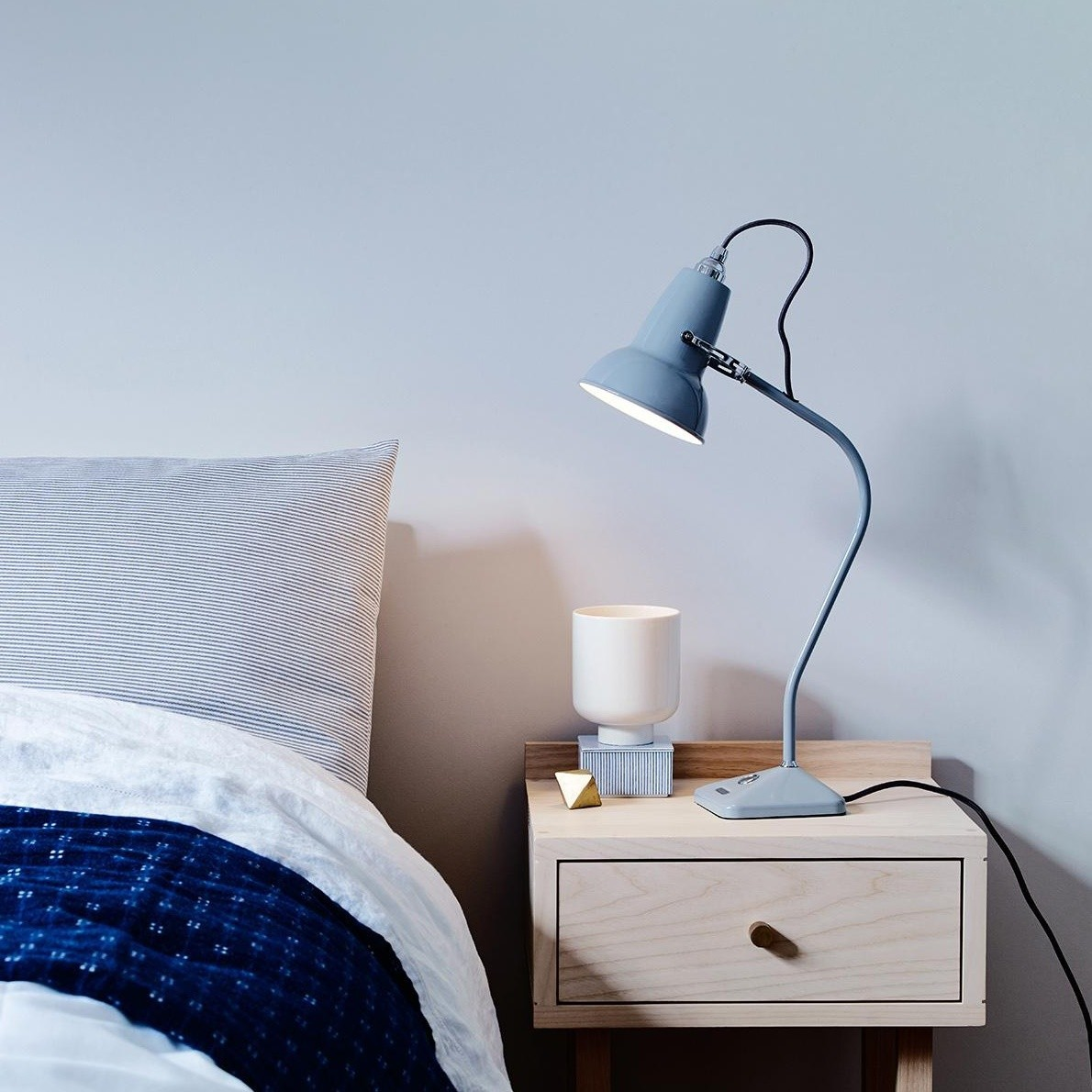 Picture of: Anglepoise Original 1227 Mini Table Lamp Ambientedirect