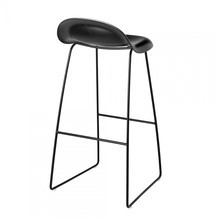 Gubi - Gubi 3D Bar Stool With Black Sledge Base