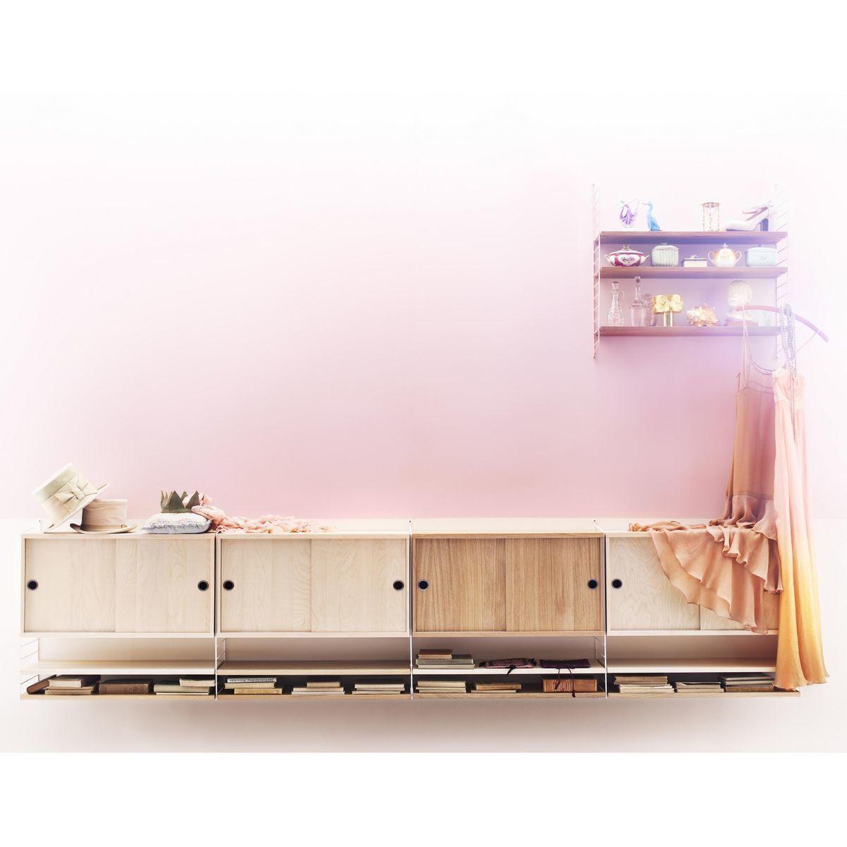string h ngeschrank mit schiebet ren string. Black Bedroom Furniture Sets. Home Design Ideas