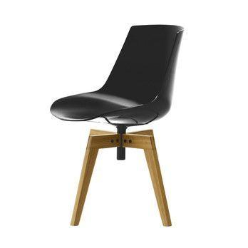 Flow Chair With Oaken Legs
