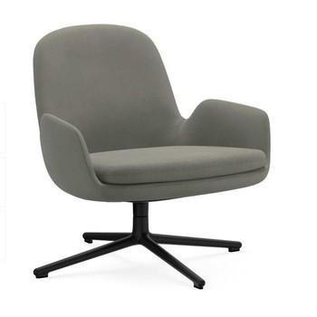 Normann Copenhagen - Era Lounge Chair Low Drehstuhl Alu schwarz  - grau Stoff Fame 61136/Gestell aluminium schwarz/H x B x T: 77 x 83 x 83 cm