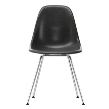Vitra - Vitra Eames Fiberglass Side Chair DSX verchroomd