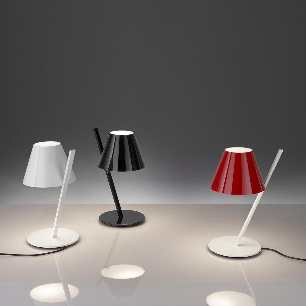 La petite led lampe de table artemide for Artemide lampe