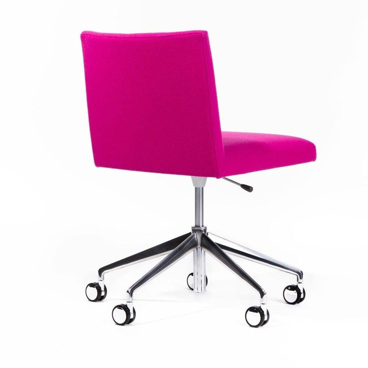 Masai chaise pivotante sur roulettes arper lievore for Chaise pivotante