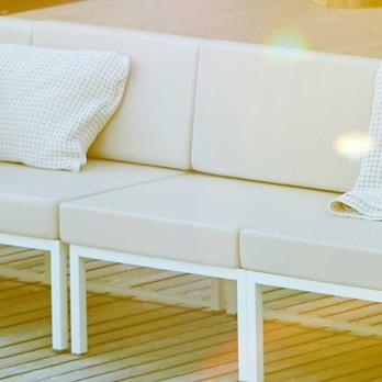 Jan Kurtz - Lux Lounge Mittelelement - taupe/weiß/Bezug 100% Polyacryl/BxHxT 67x62x67cm/Gestell Edelstahl pulverbeschichtet weiß