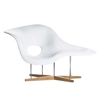 La Chaise Eames Chaise Longue Vitra Ambientedirect Com