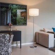 Serien - Gentle LED Floor Stehleuchte - natur/Wildseide/Gestell Edelstahl geschliffen