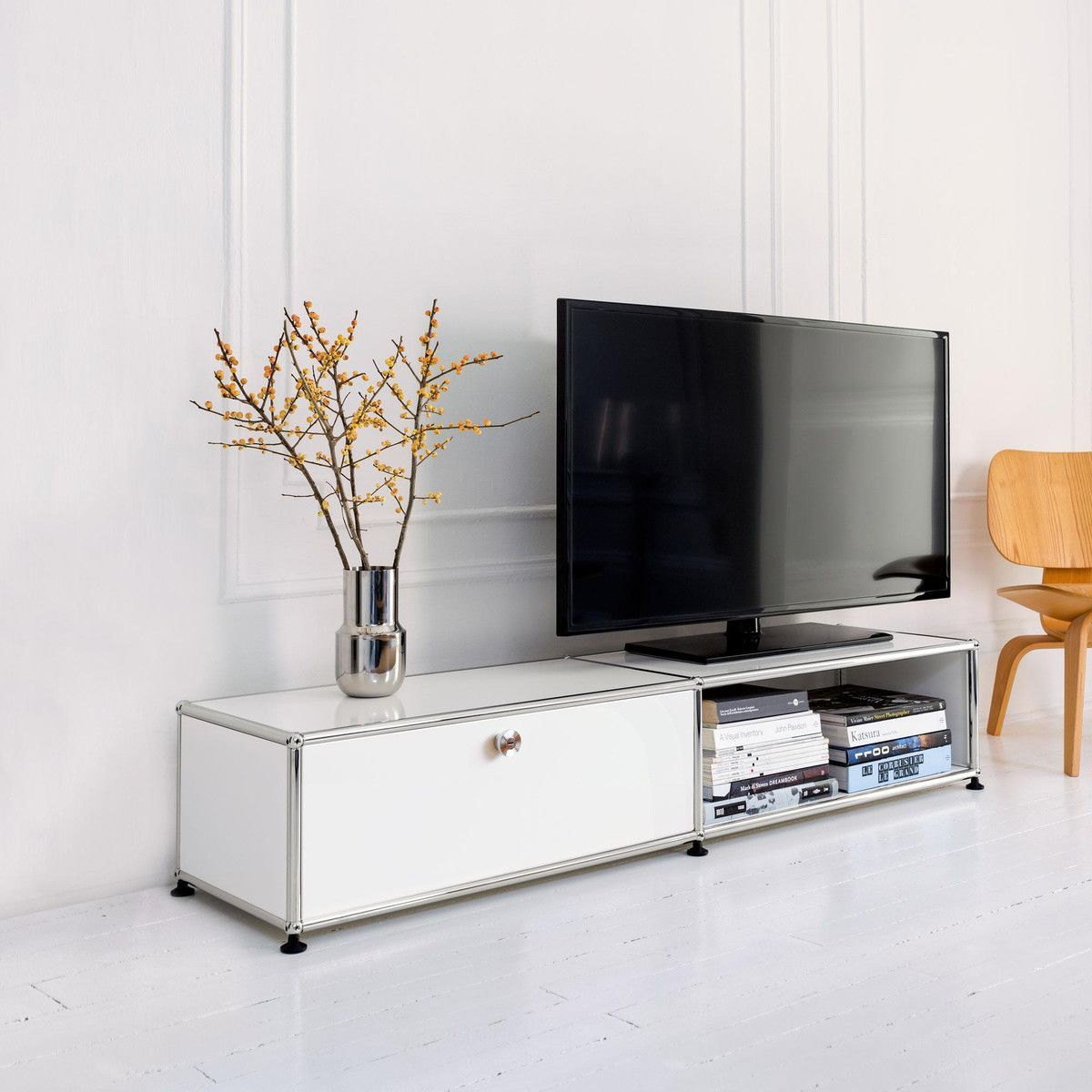 usm sideboard pour tv hi fi h 29cm usm haller. Black Bedroom Furniture Sets. Home Design Ideas
