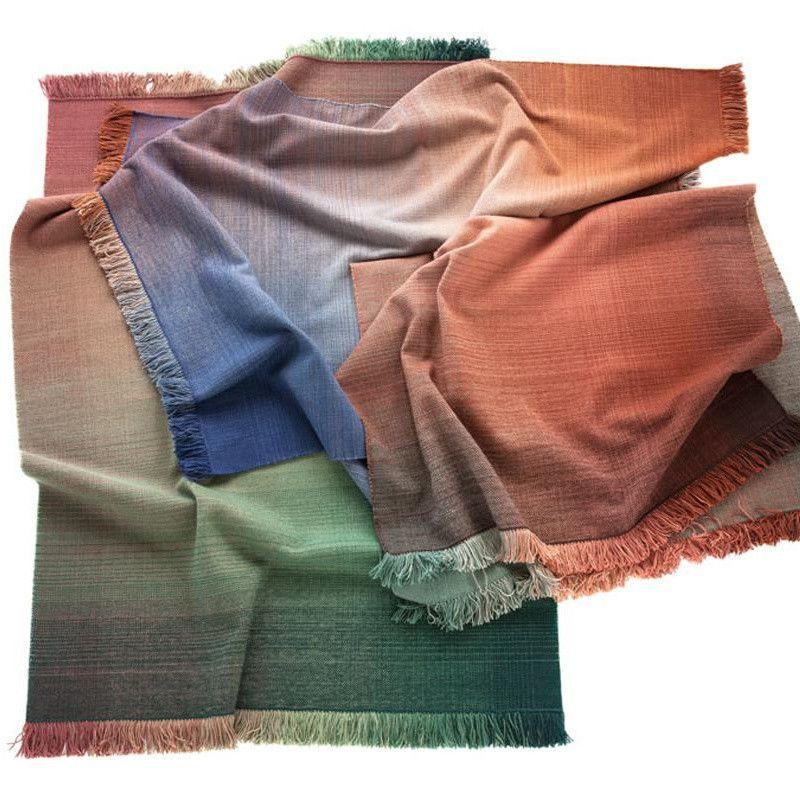 shade palette 2 tapis de laine nanimarquina. Black Bedroom Furniture Sets. Home Design Ideas