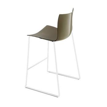 Arper - Catifa 46 0474 Barhocker niedrig Gestell weiß - taubengrau/Außenschale glänzend/innen matt/Gestell weiß matt V12/Sitzhöhe 64cm/neue Farbe