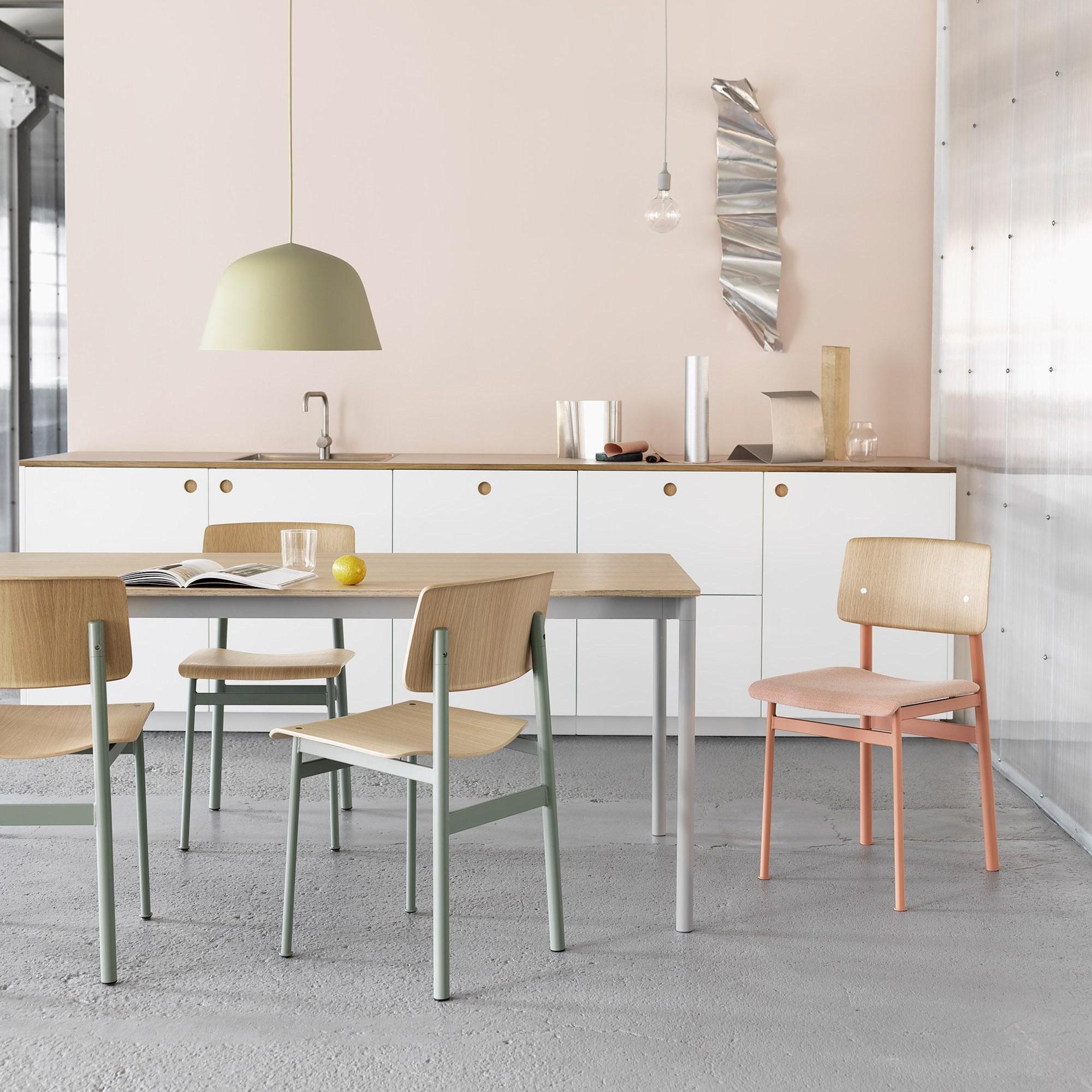 Muuto loft chair stuhl gepolstert ambientedirect for Stuhl gepolstert