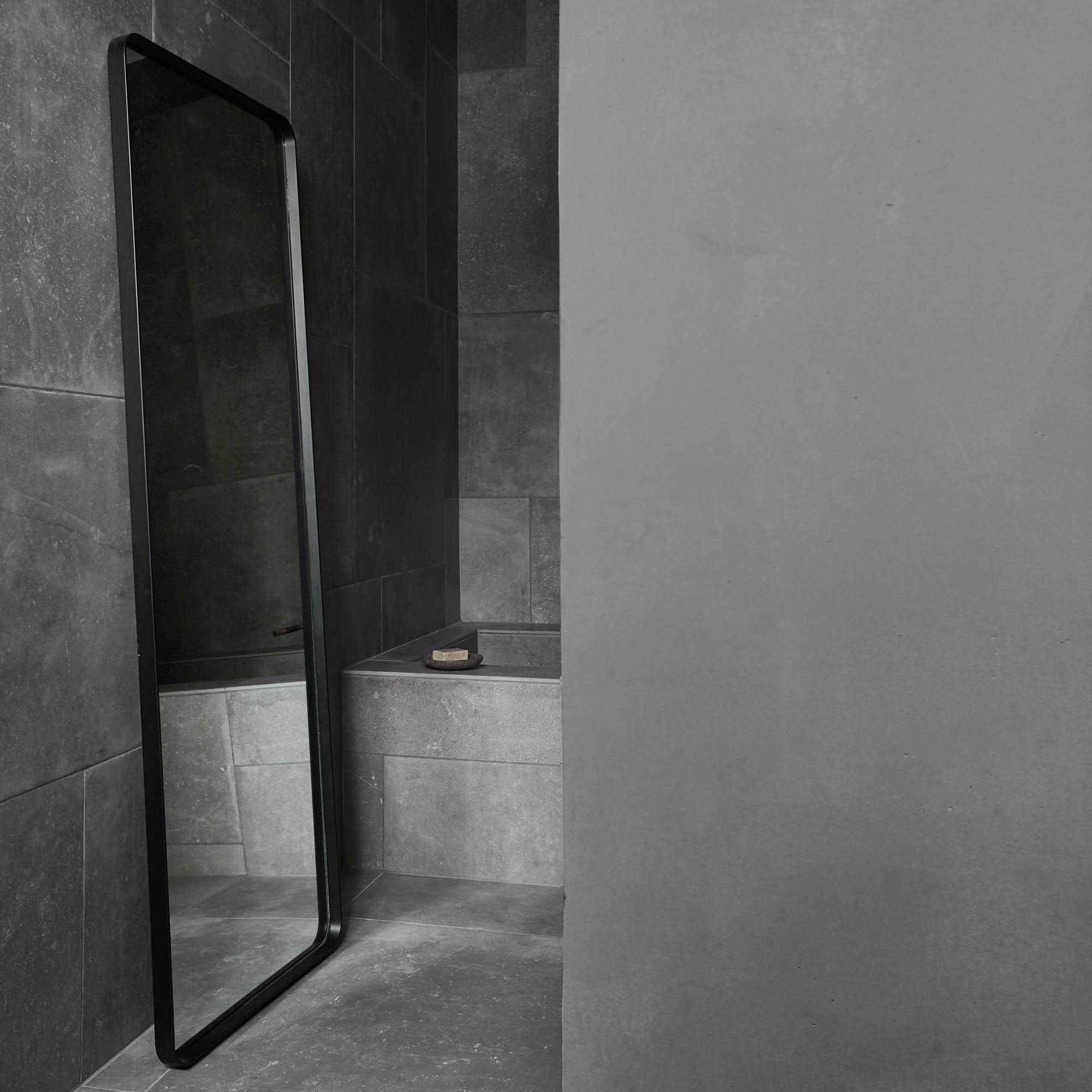 Norm floor mirror espejo de suelo menu for Espejos de suelo