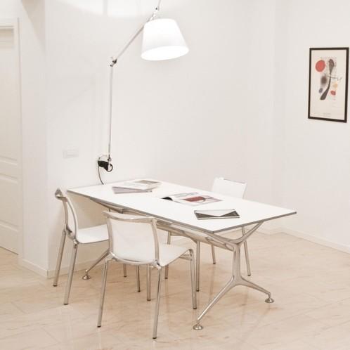 Alias - 496 Frametable Tisch
