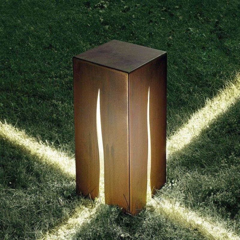 Granito Outdoor Floor Lamp   Artemide   AmbienteDirect.com