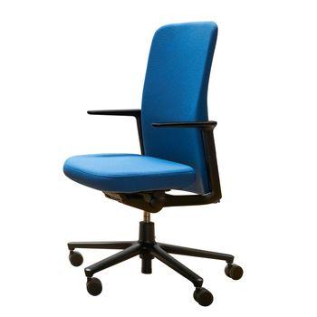 Vitra - Vitra Pacific Chair Bürostuhl - blau/Bezug Stoff 81 blue coconut/feste Aluminiumarmlehne/Gestell schwarz/mit weichen Rollen