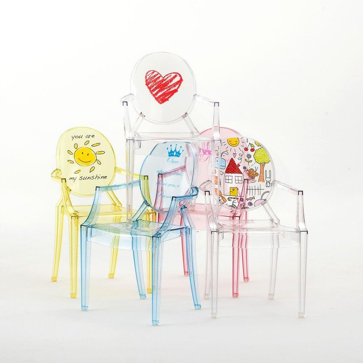 lou lou ghost chaise d 39 enfant avec motif kartell. Black Bedroom Furniture Sets. Home Design Ideas