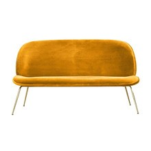 Gubi - Beetle Sofa Samt Gestell Messing
