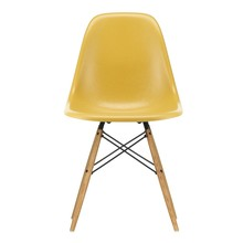 Vitra - Eames Fiberglass Side Chair DSW essenhout